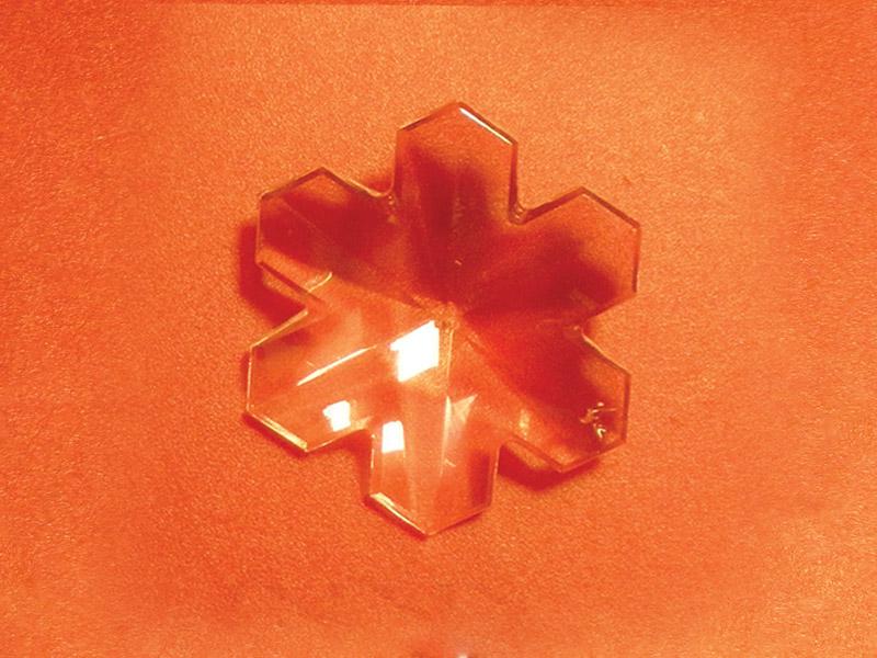 Feng Shui szivárványkristály közép hópihe - 40 mm